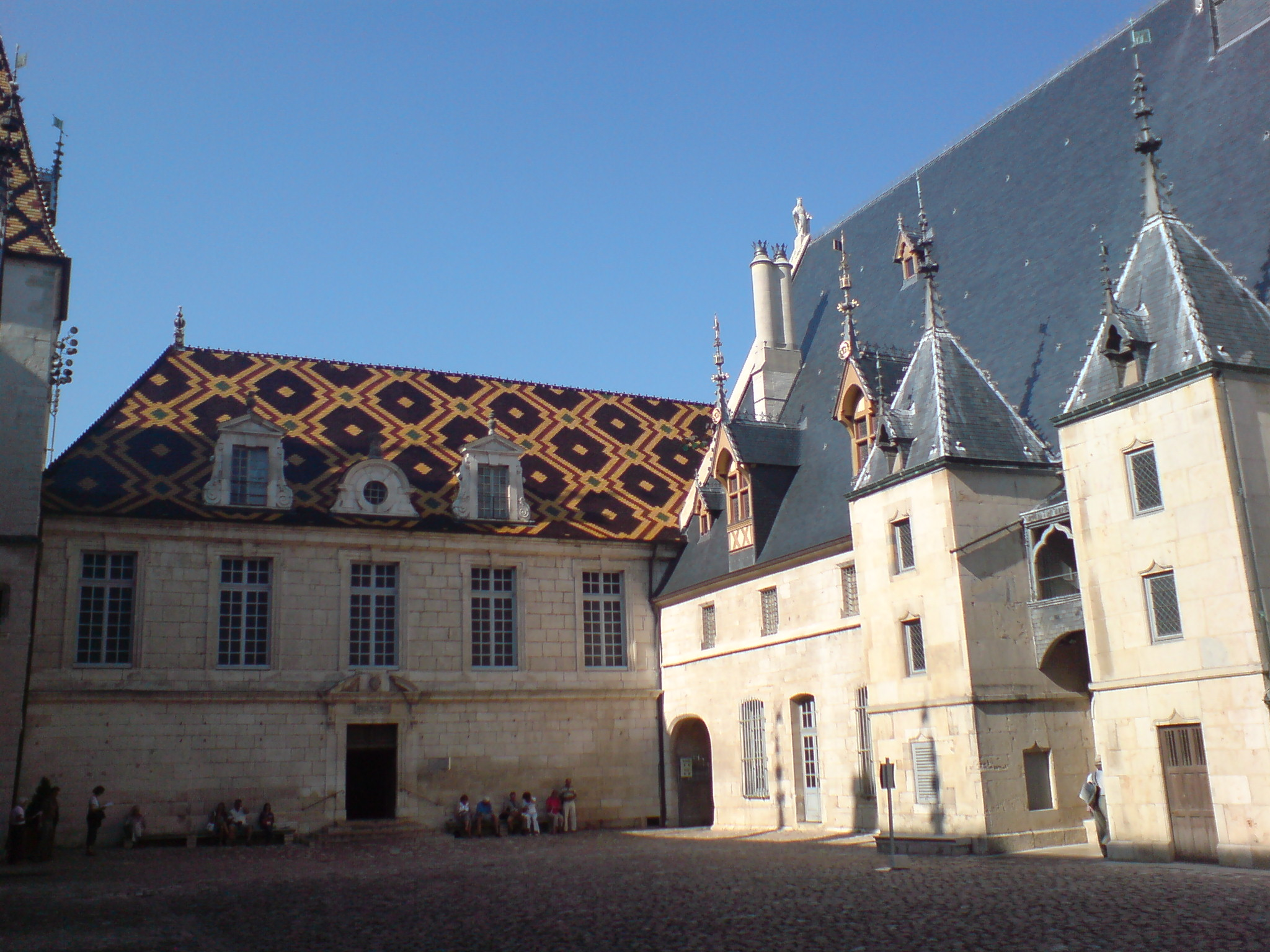 Index of may pictures burgund beaune for Hotels beaune
